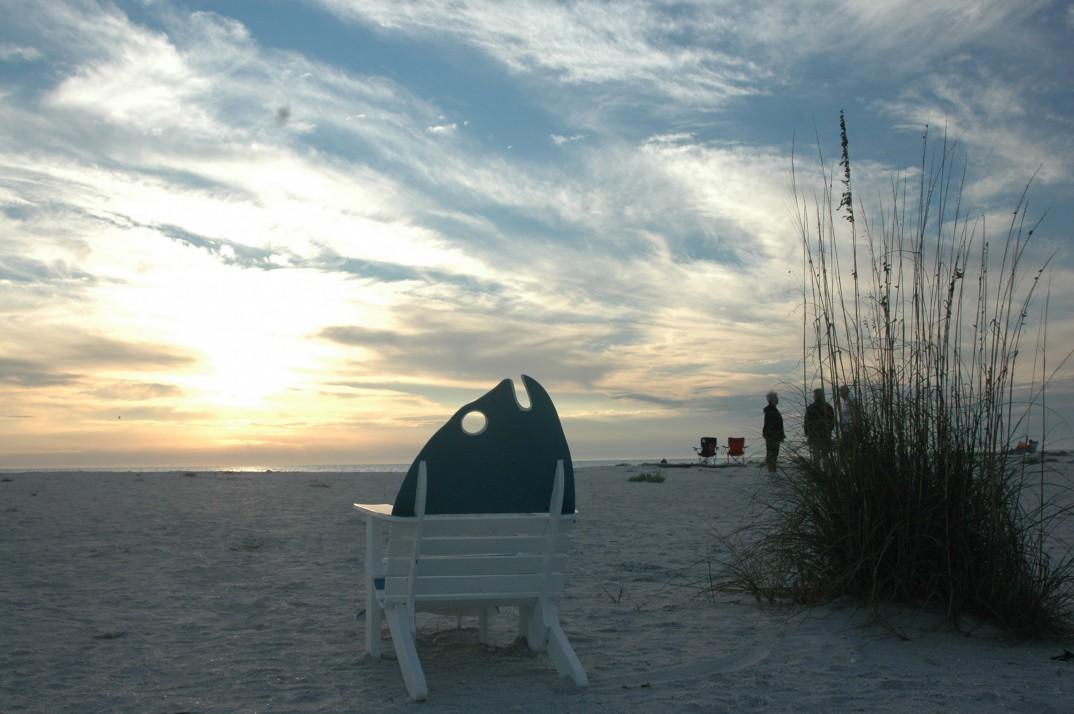 Sanibel-beach-sunset-people2-copy-e1412825936294